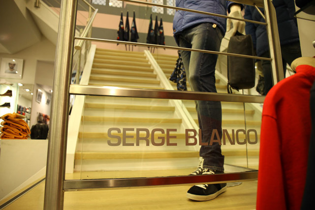 Meelk Serge Blanco Retail 4