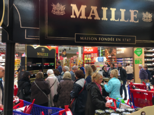 Maille Article Activation De Marque Meelk We Are Open