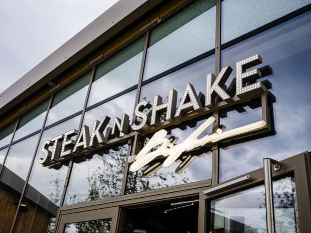 Steak 'n Shake Meelk Realisation Enseigne Signaletique 1